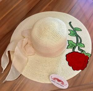 Chapéu Rosa Vermelha